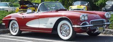 1961 chevy corvette 1961 chevrolet corvette maroon with white coves side angle