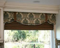 Designer Kitchen Curtains Best 10 Kitchen Window Valances Ideas On Pinterest Valence