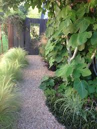 Types Of Gravel For Garden Paths How To Build A Stable Pea Gravel Path Gravel Path Pea Gravel