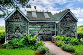 Cost To Build A House In Arkansas Glass Bottle Walls U2022 Nifty Homestead