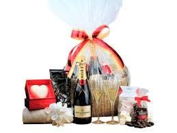 Wedding Gift Basket Wedding U0026 Anniversary Gifts U2013 Batenburgs Gift Baskets