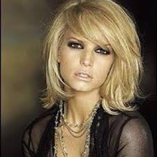 hair styles while growing into a bob 578 best hair styles cuts and color images on pinterest short