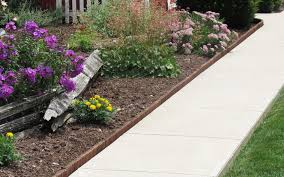 Garden Lawn Edging Ideas Garden Borders And Edging Ideas Top 3 Ideas Eco Green Wood
