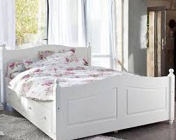 chambre en bois blanc chambre bois blanc photo 3 15 le blanc donne une impression de