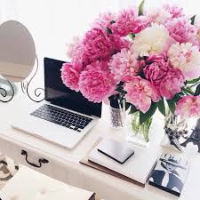 chic home office desk nothing like the smell of flowers while you u0027re working creative