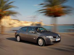 renault megane saloon review 2006 2009 parkers