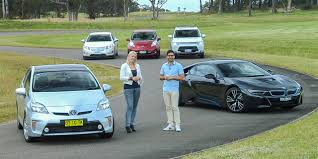 nissan leaf kerb weight electric cars comparison bmw i8 v holden volt v mitsubishi