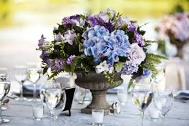 hydrangea wedding centerpieces blue hydrangea wedding centerpiece elizabeth designs the