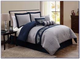 Gray Navy White Bedroom Navy White And Grey Bedroom Bedroom Home Design Ideas Yjr3nmnjgp