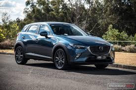 renault amw 2017 mazda cx 3 stouring awd review video performancedrive