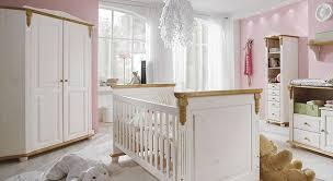 babyzimmer landhausstil eck kleiderschrank für optimal genutzen stauraum im kinder oder
