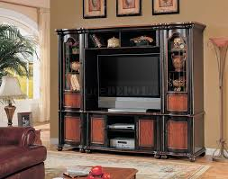Two Tone Living Room Walls by Two Tone Classic Wall Unit W Curved Glass Piers
