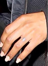 ciara removes future u0027s tattoo from her finger