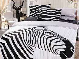 Zebra Bedroom Wallpaper Decor 41 Sweet Kids Bedroom Theme Ideas With Wooden Single Bed