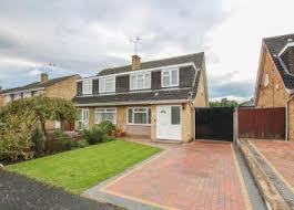 3 Bedroom House Cambridge Property For Sale In Cherry Hinton Buy Properties In Cherry
