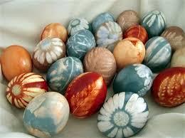 Easter Egg Decorations Best 25 Easter Eggs Ideas On Pinterest Easter Emoji Easter Egg