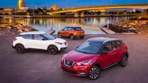 autos designen l a auto show 2017 nissan kicks coming after kia soul honda cr