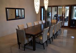 Luxurious Dining Table Complete Your Special Family Gathering Moment In This Summer With