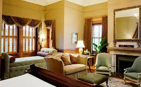 living room in mansion luxury rooms u0026 suites wentworth mansion charleston sc