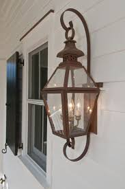 electric lights that look like gas lanterns the tradd street ii lantern gas or electric the collection
