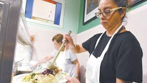 st francis table serves up thanksgiving dinner to those in need