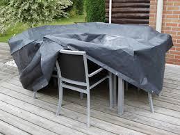 housse de protection pour canapé de jardin les housses de protection idéale par temps de pluie pour chaises