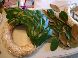 cultivate create diy magnolia wreath