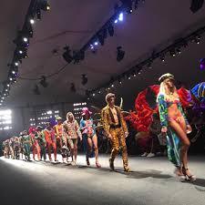 inside moschino u0027s los angeles runway show vogue