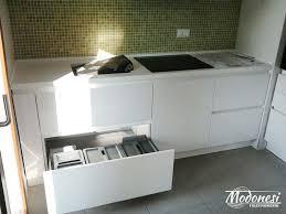 lavandino corian cucina in corian su misura moderna con lavello integrato