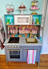 cuisine enfant 2 ans diy cuisine enfant wonderful dinette cuisine en bois 5 diy cuisine