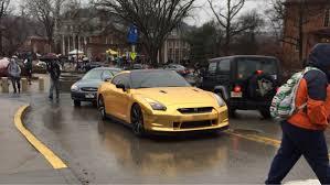 Nissan Gtr Gold - gold wrapped nismo gt r u2013 motortorque