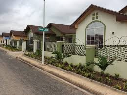 how to choose exterior paint colours lamudi ghana journal take a