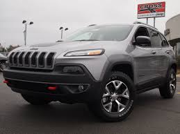 gray jeep cherokee all new 2014 jeep cherokee named u0027best new suv under 35 000