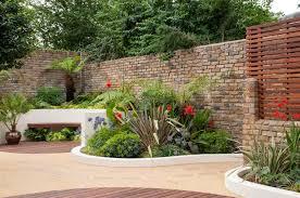 Family Garden Design Ideas Engaging Low Maintenance Courtyard Garden Design For Landscape