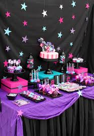 decorating wall nice purple design teenage birthday party