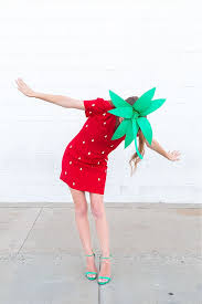 Inexpensive Womens Halloween Costumes 25 Strawberry Costume Ideas Diy Costumes Diy