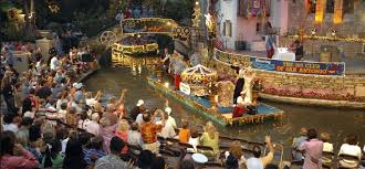 cavaliers river parade in downtown san antonio alteza