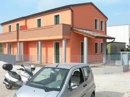 in vendita roma est vendita villa in via roma est ospedaletto euganeo nuova posto