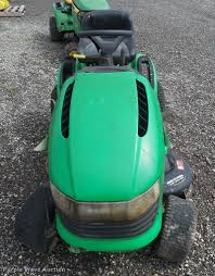 john deere sabre lawn mower item da1932 sold august 30
