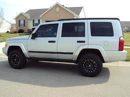silver jeep lifted white jeep commander lifted wallpaper 1024x768 13814