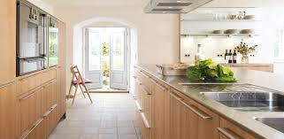 cuisinistes la rochelle cuisine cuisiniste la rochelle avec marron couleur cuisiniste la