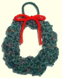 free knitted wreath ornament pattern