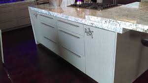 kitchen cabinets las vegas nv kitchen cabinets las vegas showroom artizen full access cabinets