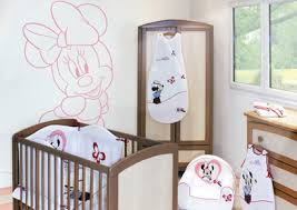 chambre minnie collection minnie de babycalin chambre bébé minnie