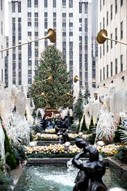 home alone christmas decorations 25 things to do in new york city at christmas so festive
