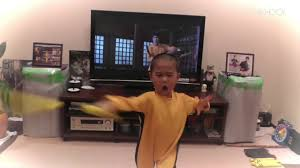 watch this 5 year old perfectly reenact bruce lee u0027s game of death