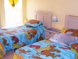 partager une chambre en deux comment aménager une chambre pour deux enfants par feminimix