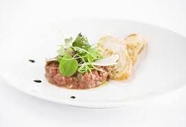 dressage des assiettes en cuisine apprenez à dresser vos assiettes comme un chef lors de votre