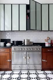 lino cuisine revetement sol cuisine lino revtements de sol pour une cuisine au