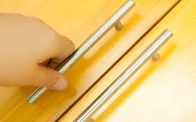 Kitchen Cabinet Drawer Pulls by How To Choose And Install New Cabinet Knobs Or Pulls 9 Steps